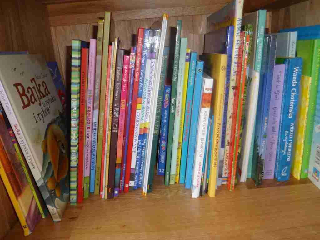 Biblioteczka Agata1